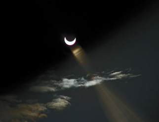 Eclipse2011clouds