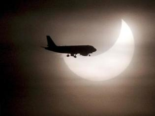 Eclipseairplane